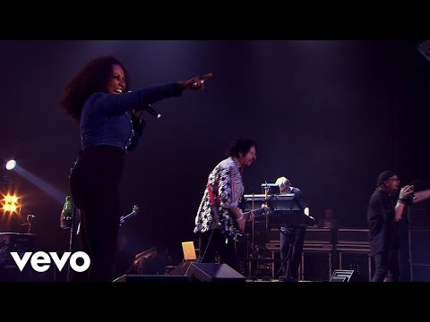 Toto - Hold The Line (Live)