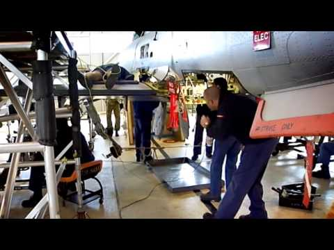 Aircraft Maintenance Engineer – Try it for 5