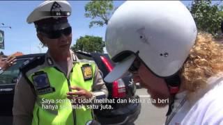 Video Kena Tipu, Para Turis ini Dilarikan ke Polsek Setempat Oleh Petugas - 86 MP3, 3GP, MP4, WEBM, AVI, FLV Oktober 2018