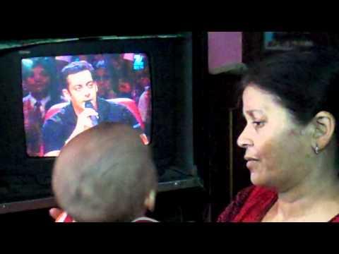 Baby watching Salman show