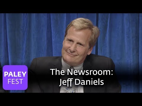 "The Newsroom - Jeff Daniels Answers ""Why Is America The Greatest Country?"""