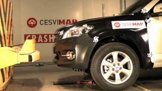Bumper test delantero Toyota Rav4 en CESVIMAP