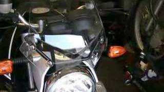 9. BMW R1200R: Windshield Basics