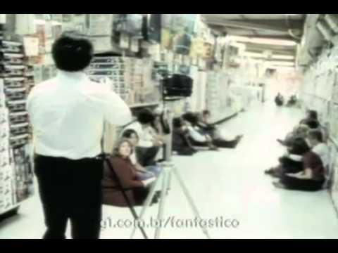 Fantástico - Fantasma é Fotografado em uma Loja de Brinquedos  25/01/1981