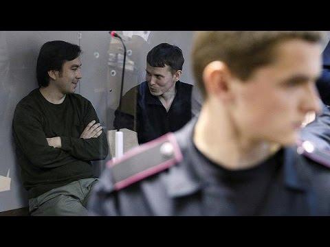 Ρωσία: Διακριτική υποδοχή των δύο κρατουμένων που ανταλλάχθηκαν με την Ουκρανή πιλότο