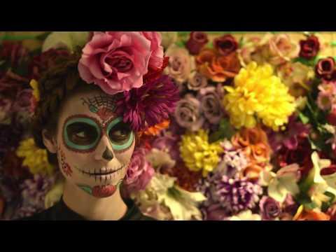 Backstage servizio fotografico travestimento Día de los muertos – Halloween