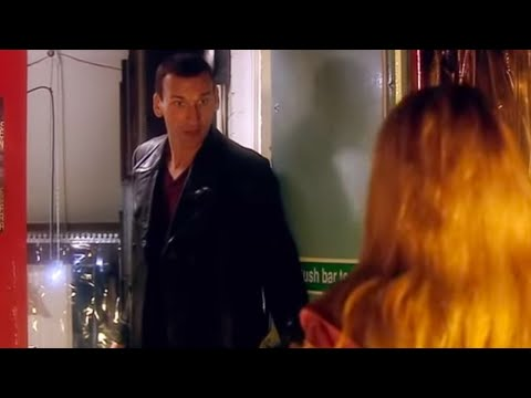 """Christopher Eccleston's First Scene 