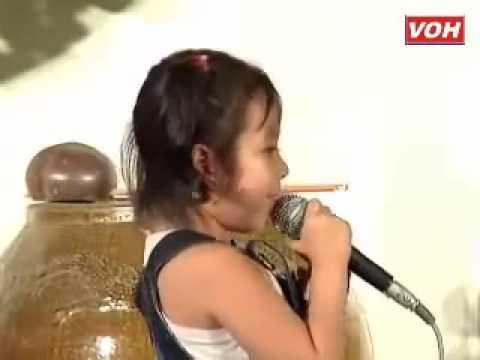 Thần đồng cổ nhạc: Hữu Duyên Tam Bảo - bé Lan Tường ca