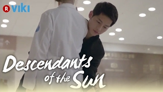 Video Descendants of the Sun - EP1 | Song Joong Ki Knocks Song Hye Kyo's Phone Out Of Her Hand [Eng Sub] MP3, 3GP, MP4, WEBM, AVI, FLV Maret 2018