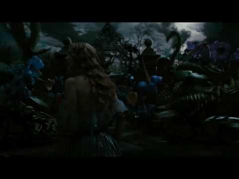 Alice Au Pays des Merveilles Bande Annonce VF