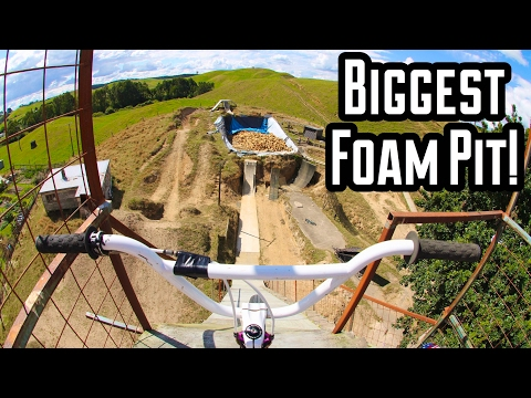RIDING THE BIGGEST FOAM PIT IN THE WORLD!