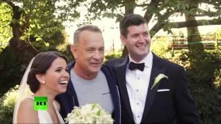 Том Хэнкс стал случайным участником свадебной фотосессии