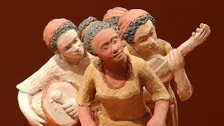 VÍDEO: Exposição de artesanato pode ser vista na Praça da Liberdade
