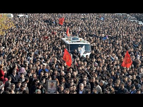 Τουρκία: Βαρύ πένθος στην κηδεία του Ταχίρ Ελτσί