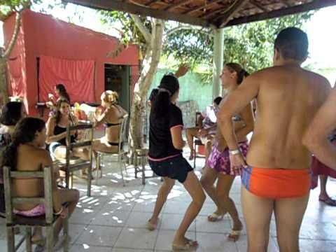 DANÇA DO INFINCA AVIÕES DO FORRÓ CARNAVAL 2012 COREOGRAFIA.AVI ARUARU