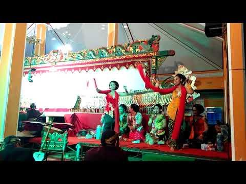 Lenggeran - Memeteri Bumi Desa Kalikudi   Wayang Kulit Ki Dalang Shindu   2017