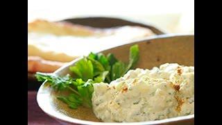 Video ricetta: salsa allo yogurt e menta