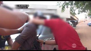Video Tangkap Bandar, Pelaku Simpan Paket Narkoba di Kantong Celana - 86 MP3, 3GP, MP4, WEBM, AVI, FLV Juni 2018
