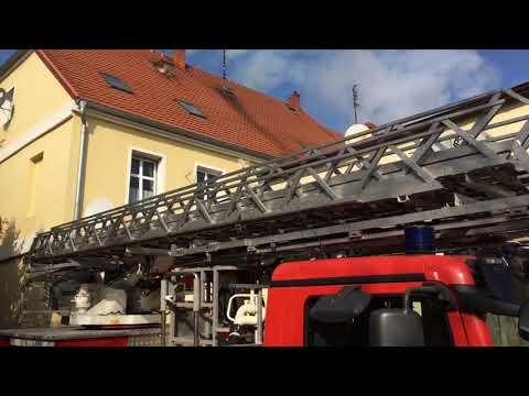 Wideo1: Pożar sadzy w kominie - akcja strażaków na ul. Daszyńskiego we Wschowie