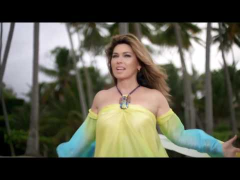 Shania Twain apologizes for Donald Trump support