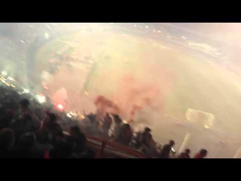 Recibimiento River vs Independiente del Valle - Los Borrachos del Tablón - River Plate - Argentina - América del Sur