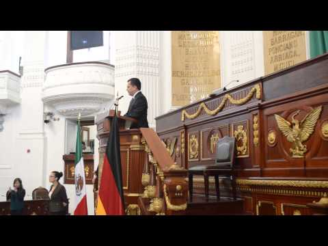El líder de la ALDF, Manuel Granados, recibe a parlamentarios alemanes