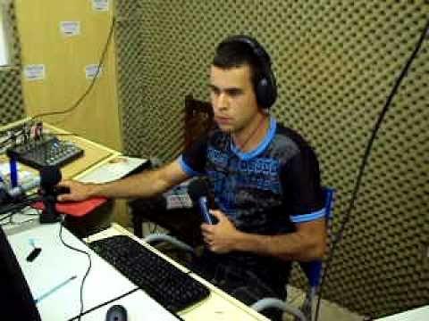 JOAO ALIFHAX NA RADIO ALFA FM CROMINIA