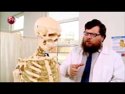 El Dostor diagnostica anorexia a un esqueleto