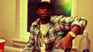 Currensy Smoking In The Rain rap music videos 2016