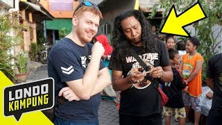 Video WKWK! NGETES BAHASA INGGRIS ORANG KAMPUNG MP3, 3GP, MP4, WEBM, AVI, FLV April 2019