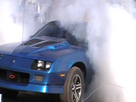 88 iroc camaro burn out