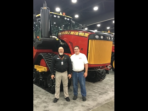 Big Tractor Power Meets Mike Less at the 2017 National Farm Machinery Show (видео)