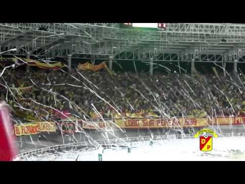 Hinchas del Deportivo Pereira 1-Oct-2012 - Lobo Sur - Pereira