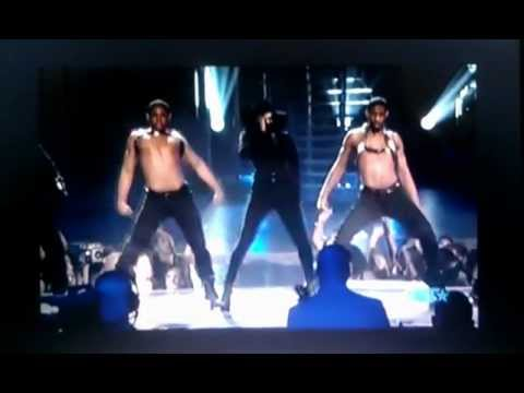 Kelly rowland Trey songz motivation live (kelly kills it)