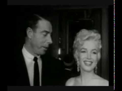 Marilyn Monroe And Joe Dimaggio At Preview Of The Seven Year Itch 1955