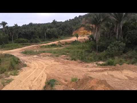 TERRAPLANAGEM CARREGANDO AREIA em município de Governador Archer -MA