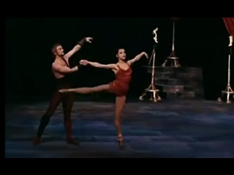 Ekaterina Maximova and Vladimir Vasiliev - Spartacus Adagio (in color)