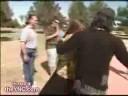 Criss Angel parte en dos auna mujer
