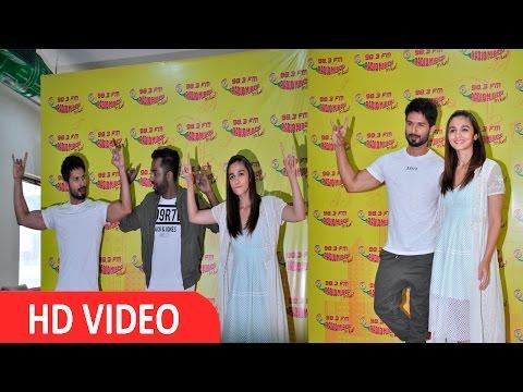 Shahid Kapoor & Alia Bhatt At Radio Mirchi Studio To Promote Udta Punjab UNCUT