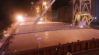 Video Why Loading 30,000 Tons of Grain on a Ship Is Very Risky MP3, 3GP, MP4, WEBM, AVI, FLV Desember 2018