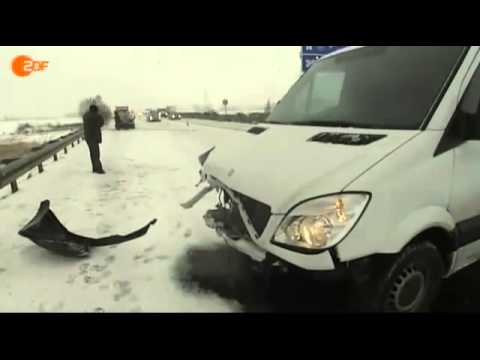 Glatteis – Unfall bei 40Km/h mit einem Transporter – Lustig :-)