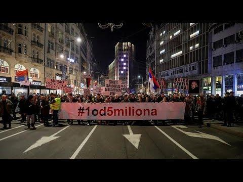 Serbien: 12. Massendemonstration in Belgrad in Folge