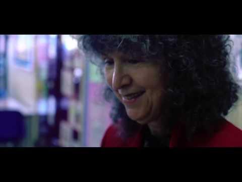 Author Caroline Lawrence visits Iqra Primary School