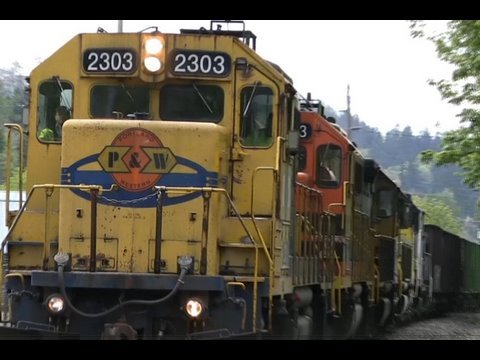 train - Rare on this line Portland Western 2303 on its way to Portland with PW 2313,PW 2306,PW 3006, and PW1805 If you like my videos, rate, comment and subscribe to...