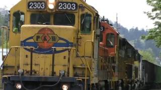 HD Rare 5 engine freight train PW 2303 (4-29-09)