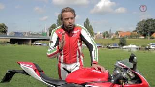 5. Test 2012 Ducati Panigale 1199 S Tricolore Superbike