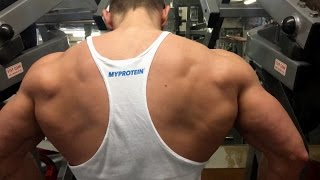 Back day at Muscleworks gym in London