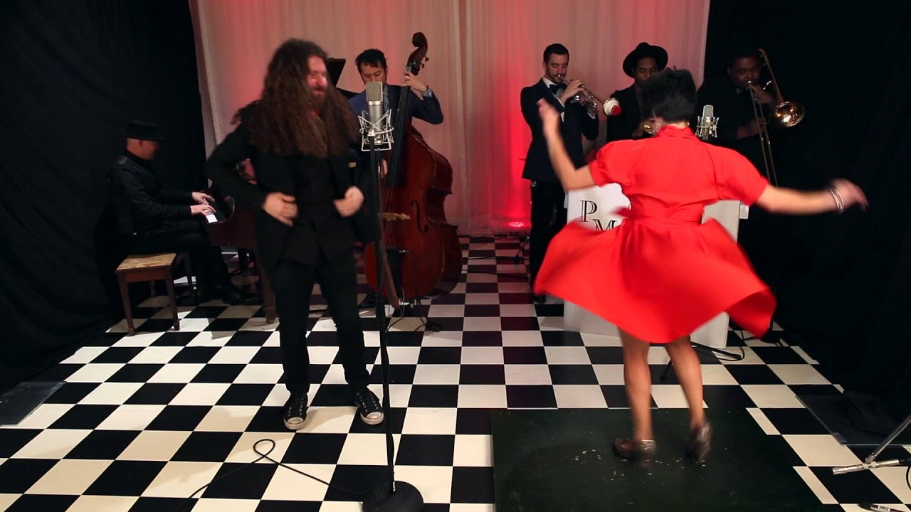 Sweet Child O' Mine – Postmodern Jukebox : Reboxed Cover ft. Casey Abrams