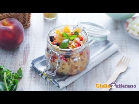 insalata di pasta con le pesche - ricetta