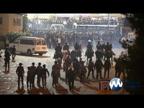 Protest - EDITORIAL NEWS VIDEO - JERUSALEM, ISRAEL - MAY 16, 2013 Tens of thousands of people participated in a massive rally near the IDF's Rashi Street recruitment c...